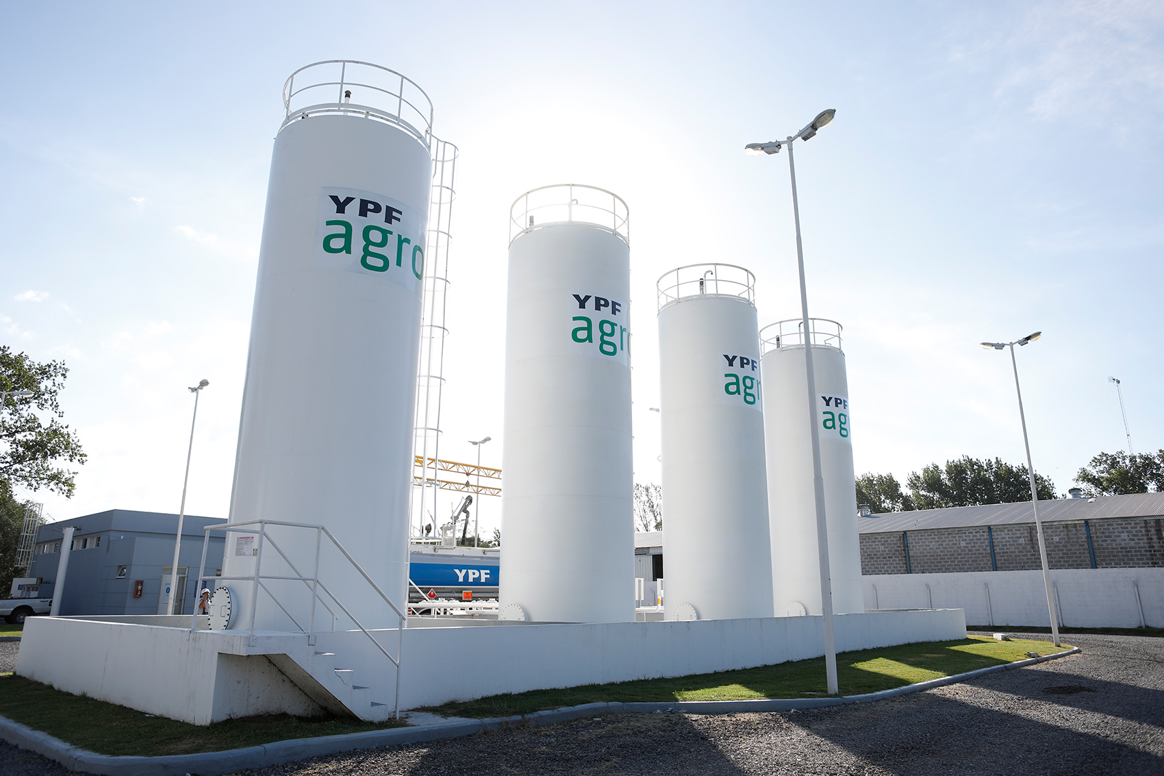 https://www.expoagro.com.ar/wp-content/uploads/Expoagro-en-La-Rural-de-Corrientes-2019-La-energi%CC%81a-de-YPF-Agro-llega-al-norte-argentino.jpg